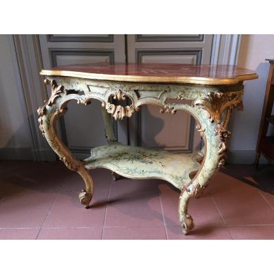 Table De Milieu d'époque Napoleon III à Décor De Vernis Martin
