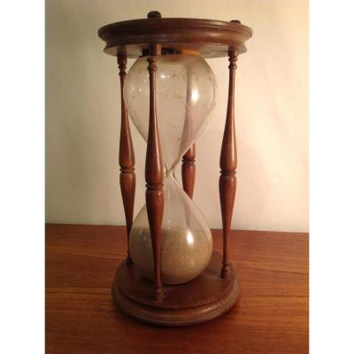 19th Century Hourglass In Wood And Blown Glass