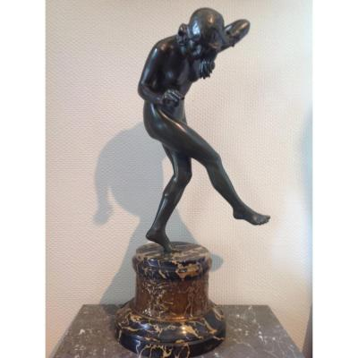 Bronze Art Deco By Louis Delapchier Representing The Ball Dancer