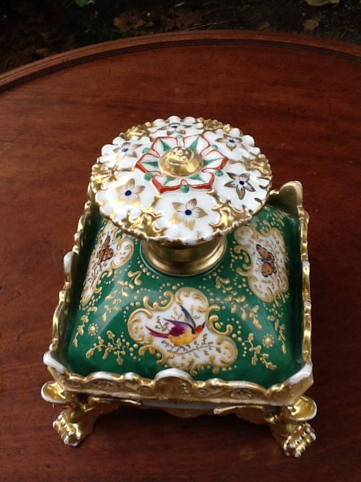Paire De Flacon De Parfum En Porcelaine Signes Jacob Petit