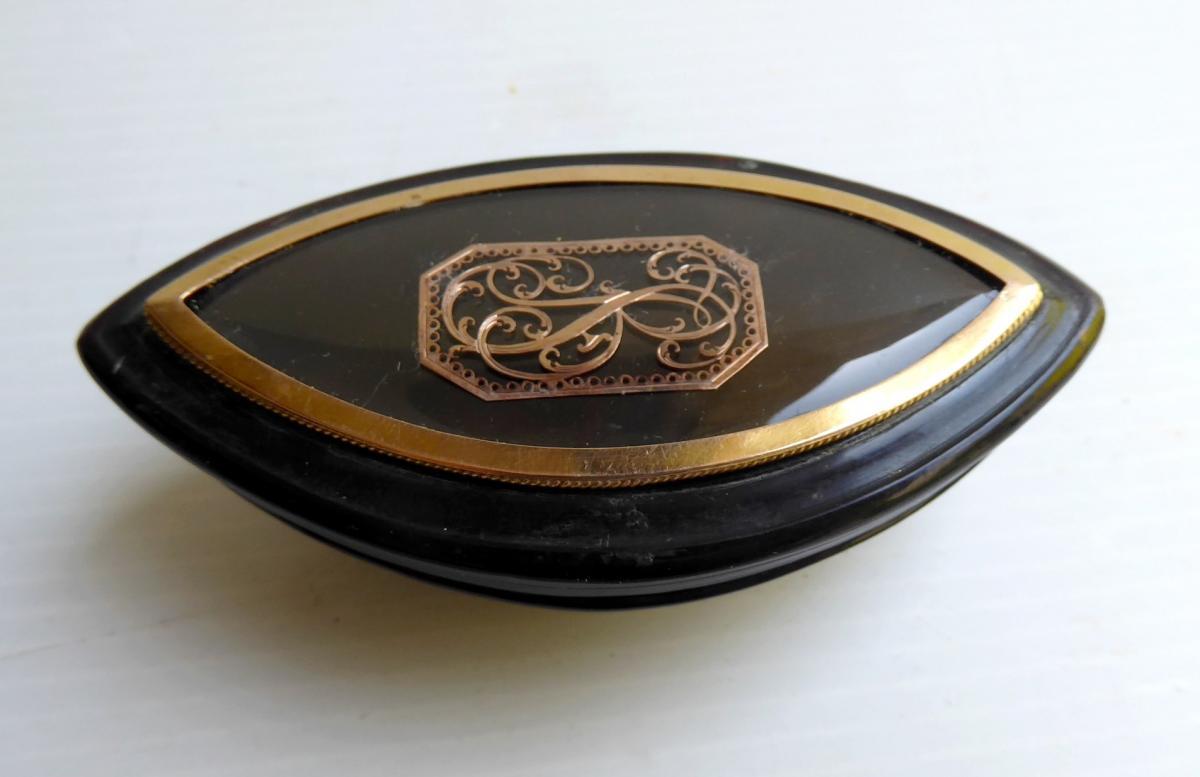 Boîte Navette, Souvenir En Écaille Chiffrée d'Or, Début XIXe