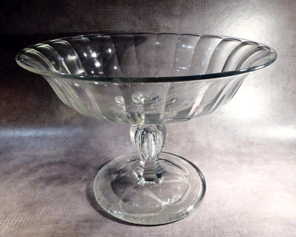 Confectioner Cut Crystal Stemmed Cup, Baccarat, 19thc, Air Drip