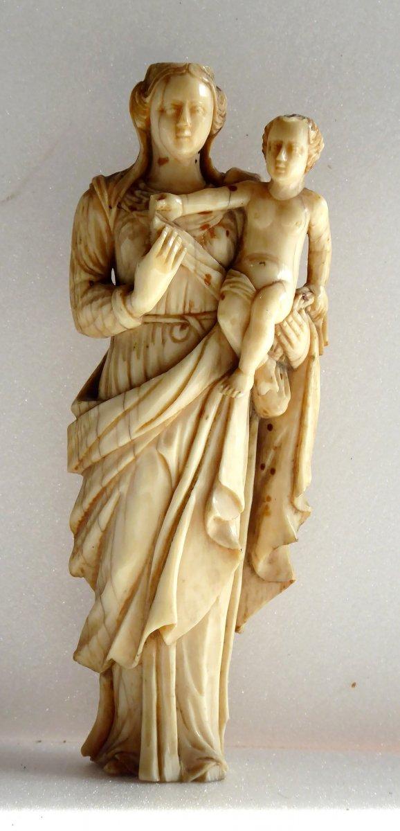Madonna And Child, Ivory Of Dieppe Seventeenth Century