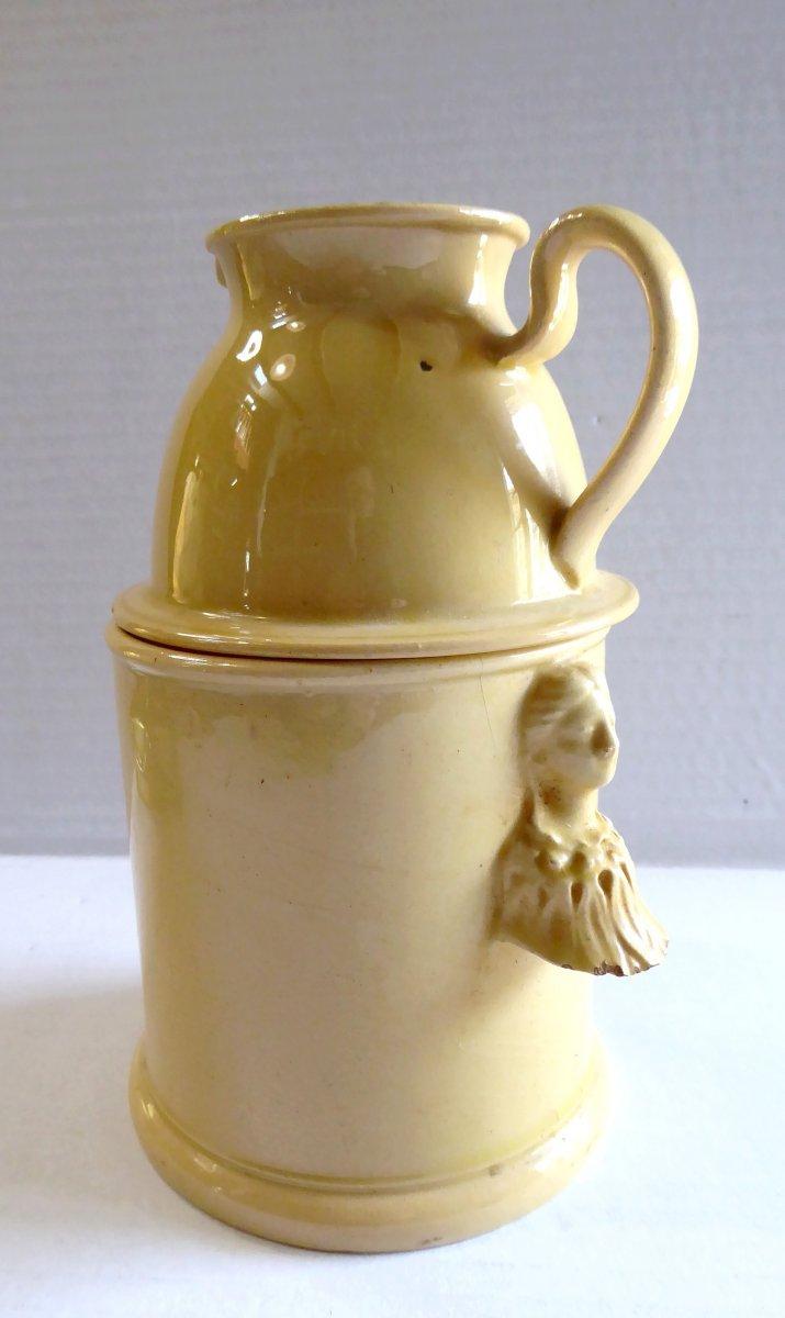 Apt, XVIIIe, Laitière veilleuse faïence fine jaune, en bel état