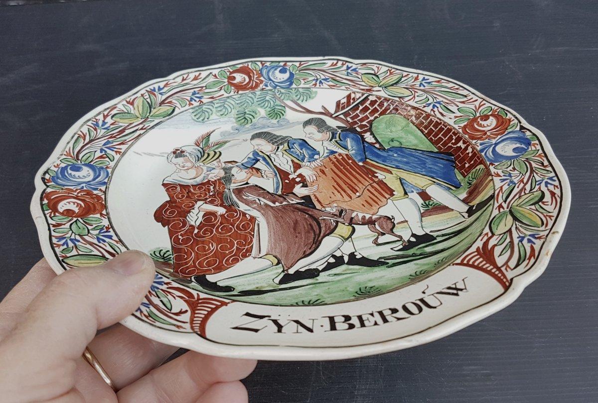 Pays Bas Fin XVIIIe: Plat Creamware Illustré,  Le Fils Prodigue,