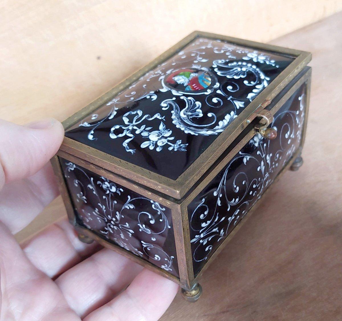 Limoges Enamels Box , Renaissance Style, Nineteenth, Good Condition
