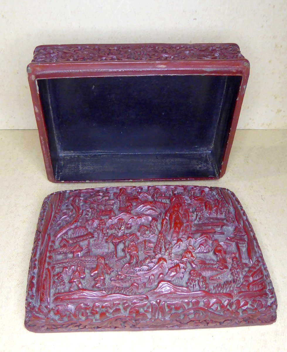 Fully Engraved Cinnabar Red Chinese Lacquer Box, 19th Century-photo-4