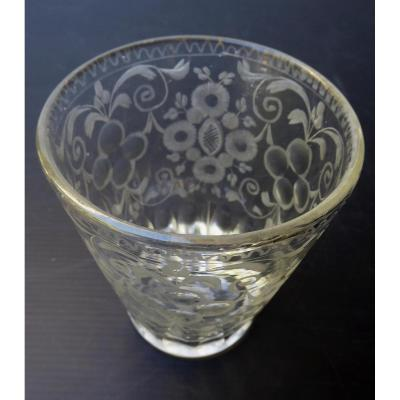 Blown-engraved Glass Tumbler, Eighteenth Century