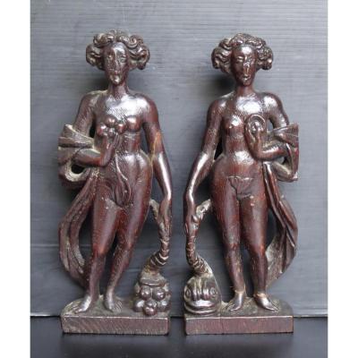 Haute Époque: La Terre, La Mer, Deux Bois Sculptés Féminins