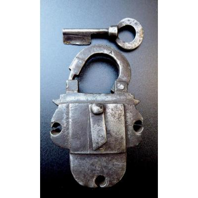 Chest Padlock, Nuremberg 17thc, One Key, Good Condition