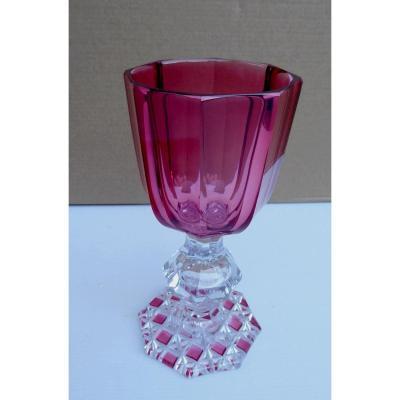 Baccarat Taillé, Vers 1850: Coupe Calice d'Apparat, Couleur Rubis