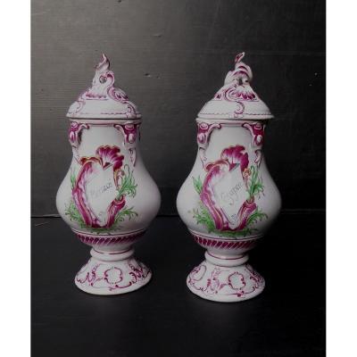 Niderviller, Style Louis XV, Paire de Pots d'Apothicaire couverts, Bon état