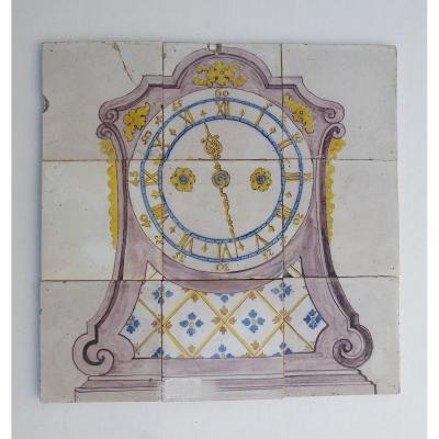 Delft, XVIIIe, Tableau Faïence  En 9 Carreaux: Pendule Polychrome