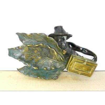 Tobacco ! Africanist Patinated Bronze, Circa 1900