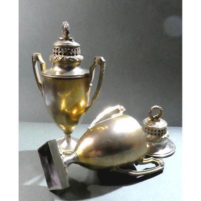 Paire De Pots Pourris De Style Directoire, Bronze Doré, 19e Siècle