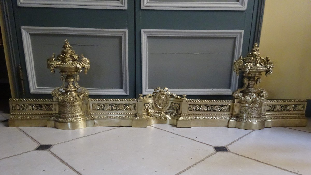 Importante Galerie De Cheminée en bronze ciselé d'époque Napoléon III