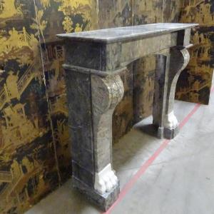 Early XIX Marble Fireplace With Claw Feet