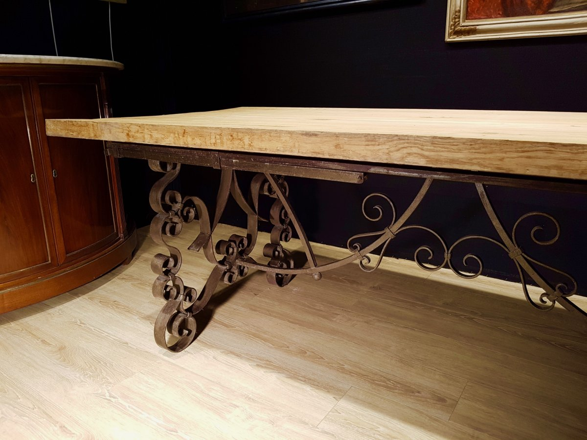 Table En Chêne Et En Fer Forgé (225cm/270cm X 97cm).-photo-1