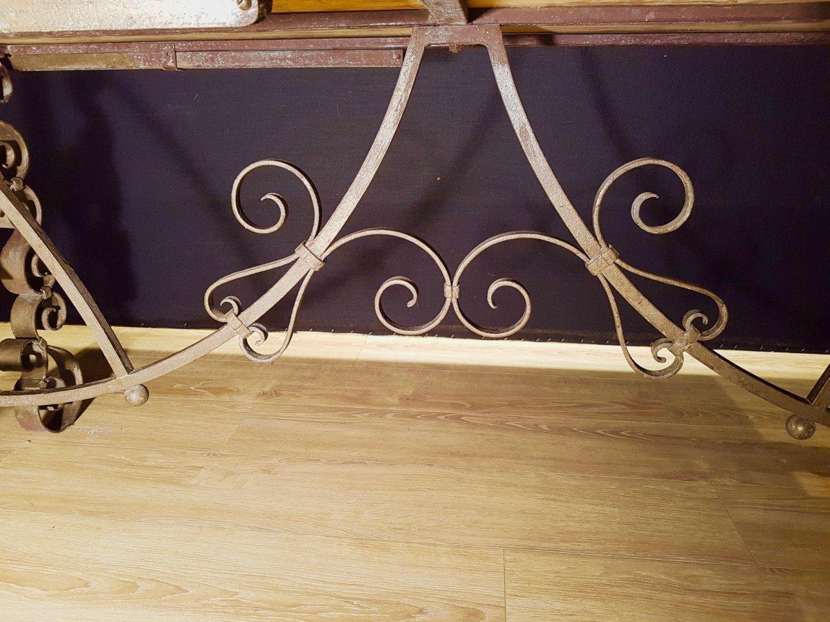 Table En Chêne Et En Fer Forgé (225cm/270cm X 97cm).-photo-4