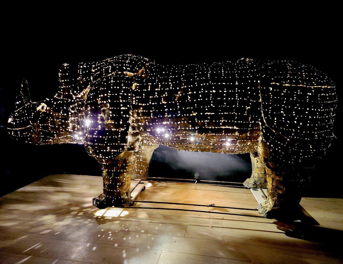 Rhinocéros, Immense Sculpture Éclairante En Laiton, François Melin, Vers 1970. (3m20 X 1m40)-photo-2