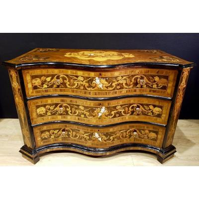 Italian Curved Commode, Ivory Marquetry And Wood, Late XVIIth Italy (145cm X 93cm).