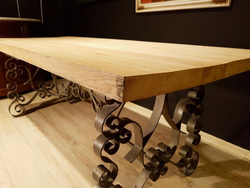 Table En Chêne Et En Fer Forgé (225cm/270cm X 97cm).-photo-3