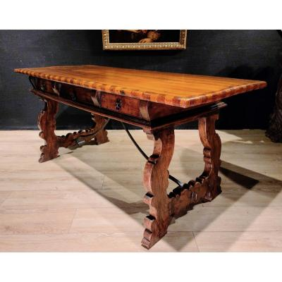 Spanish Table In Walnut And Marquetry, Desk, 17th Century. (173cm X 73cm)