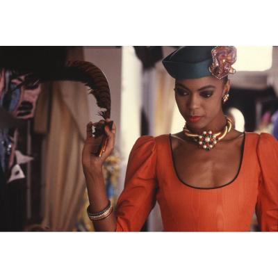 Perle, modèle d'YSL dans l'atelier avenue Marceau.