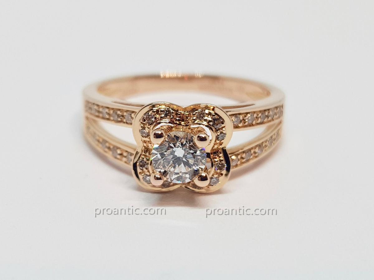 Bague Mauboussin Diamants 0.40 Carat  En Or Rose 18 Carats 750/1000 3.42 Grammes