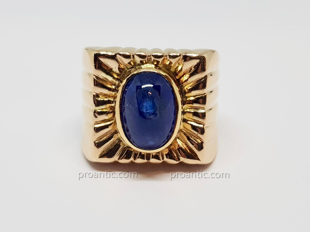 Antique Ring Sapphire Cabochon 6.50 Carats In Yellow Gold 18 Carats 750/1000 18.80 Grams
