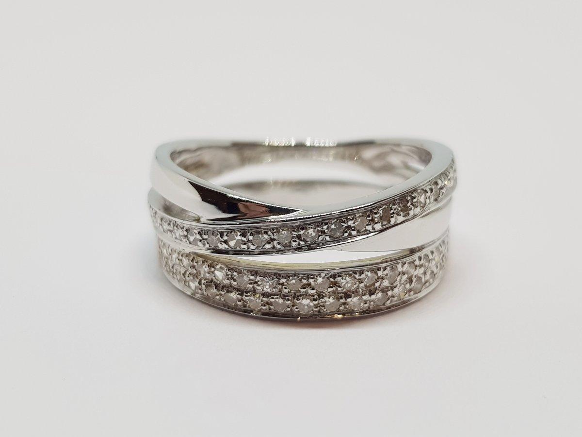 Bague Diamants 0.30 Carat En Or Blanc 18 Carats 750/1000 5.81 Grammes