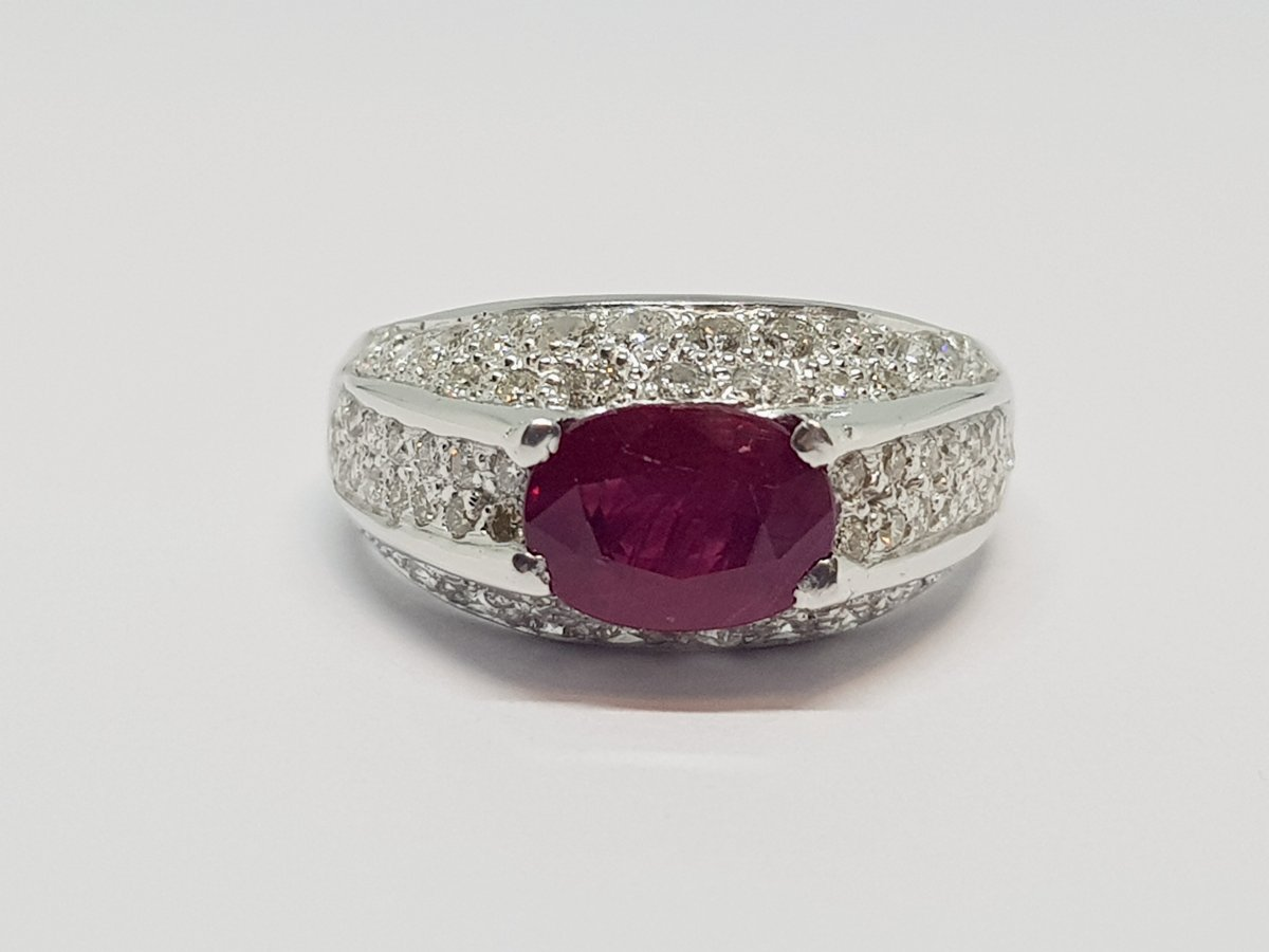 Bague Rubis 1.20 Carat & Diamants En Or Blanc 18 Carats 750/1000 5.68 Grammes