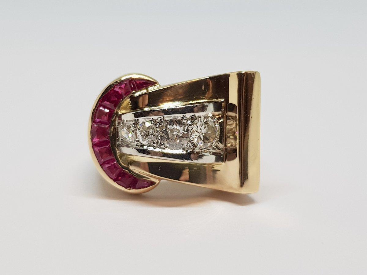 Bague Tank Rubis & Diamants En Or Jaune 18 Carats 750/1000 & Platine 950/1000 2.21 Grammes
