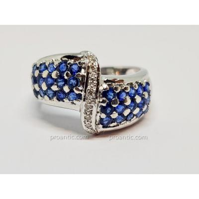 Bague Ruban Saphir & Diamants En Or Blanc 18 Carats 750/1000 6.37 Grammes