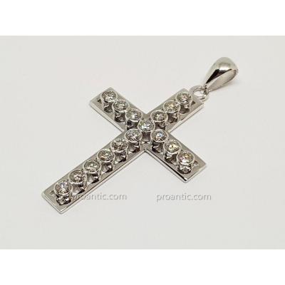 Cross Pendant In White Gold 18 Carats 750/1000 16 Diamonds 1.30 Carat 3.66 Grams