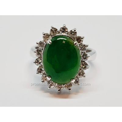 Bague Pompadour En Platine 900/1000 Jade 3.62 carat & Diamants 0.54 Carat 9.55 Grammes