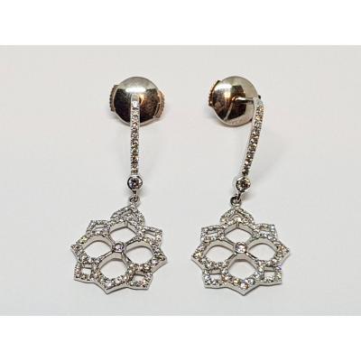 Boucles d'Oreilles Messika En Or Blanc 18 Carats 750/1000 Diamants 4 Grammes