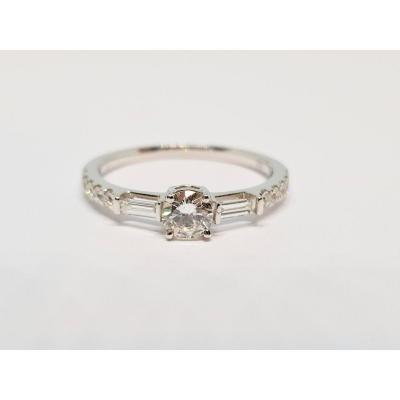 Bague Fiançailles En Or Blanc 18 Carats 750/1000 Diamants 0.58 Carat 2.15 Grammes