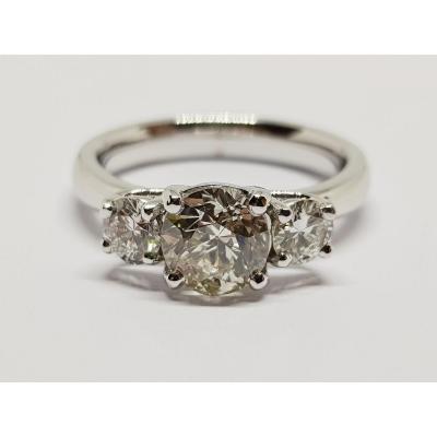 Diamond Trilogy Ring 1.71 Carat In 18k White Gold 750/1000 6.82 Grams