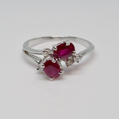 Ruby 0.60 Carat & Diamond Ring 18k White Gold 750/1000 2.37 Grams
