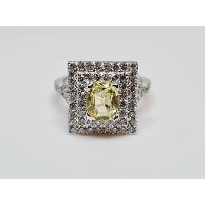 Sapphire Pyramid Ring 1.44 Carat & Diamonds White Gold 18k 750/1000 5.81 Grams