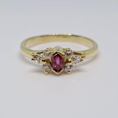 0.15 Carat Ruby & Diamonds Ring In 18k Yellow Gold 750/1000 2.20 Grams