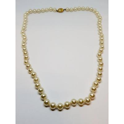 Necklace 67 Cultured Pearls Clasp 18k Yellow Gold 32.9 Grams 55 Cm