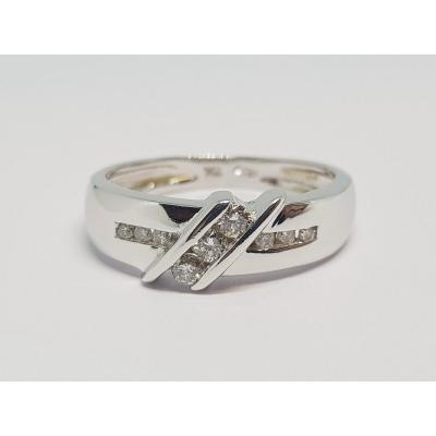 0.15 Carat Diamond Ring In 18k White Gold 750/1000 3.68 Grams