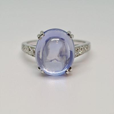 Sapphire Cabochon Ring 7.27 Carats & Diamonds Platinum 900/1000 5.40 Grams