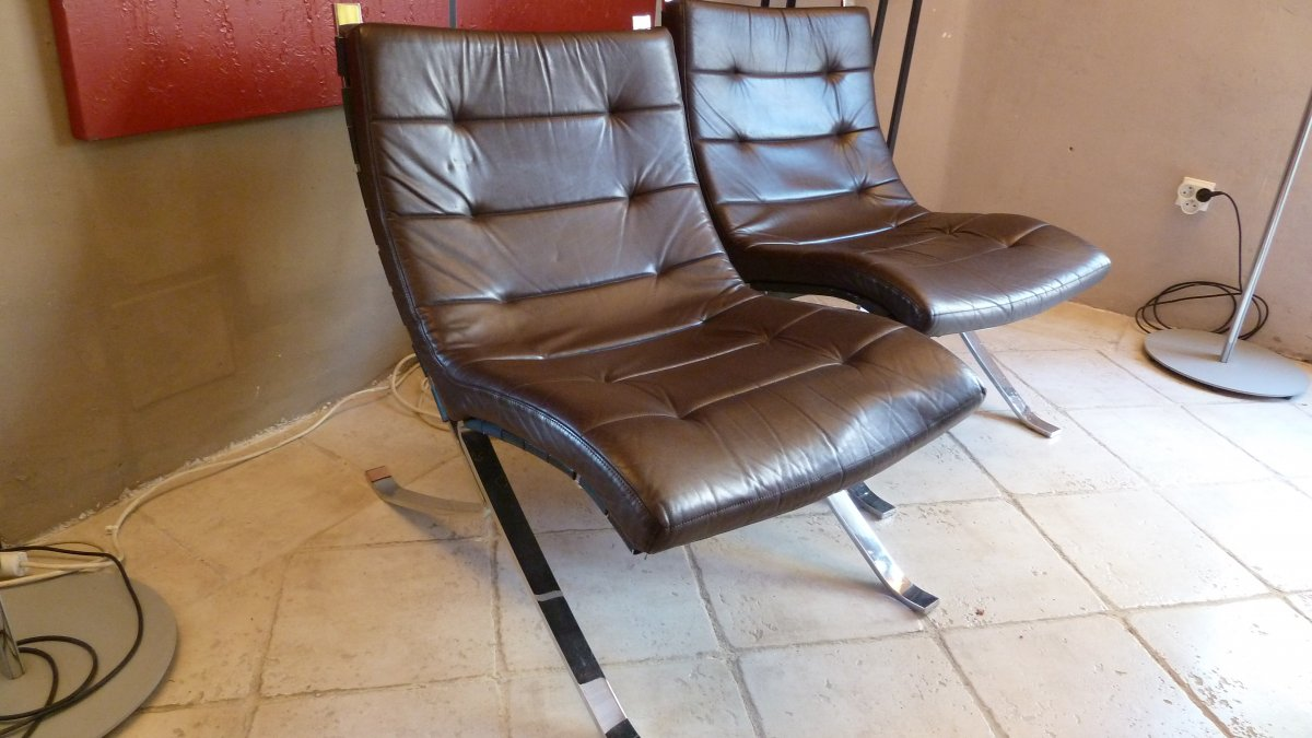 Pair Of Leather Fireside Chairs By Hans Eichenberger 1960