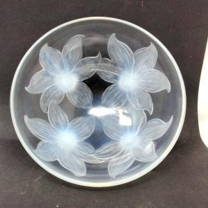 Coupe Aux Lys René Lalique Opalescente Et Patinée Bleu