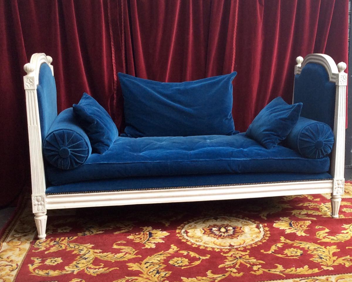 lit de repos de style louis xvi lits. Black Bedroom Furniture Sets. Home Design Ideas