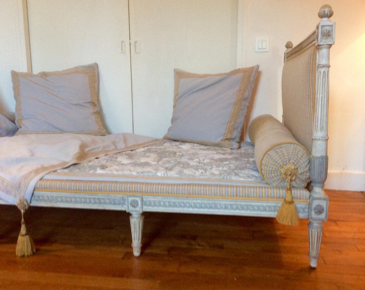 lit de repos de style louis xvi fin xix me lits. Black Bedroom Furniture Sets. Home Design Ideas