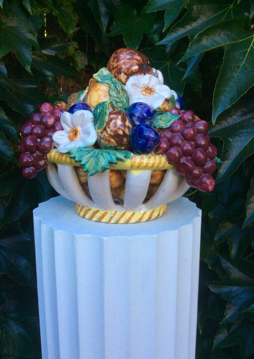 Centre de table en corbeille de fruit faïence de malicorne peint